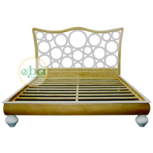 wooden bubbles bed