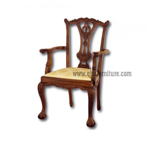 gothic chipp. arms chair