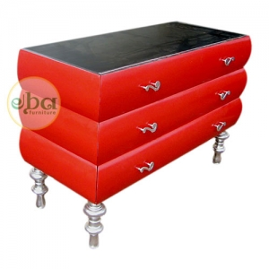 red silver commode