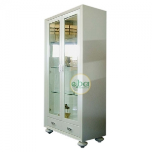 white virine glass doors